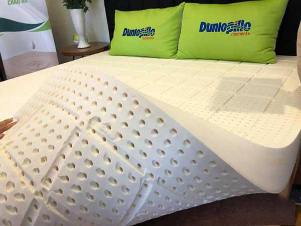 Đệm cao su Dunlopillo khuyến mãi giảm giá